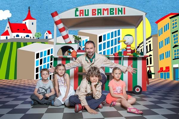 V ateliéru číslo 1 v budově České televize v Praze se uskutečnilo natáčení a promo focení pořadu pro děti s kuchařem Emanuelem Ridim Čau Bambini.
